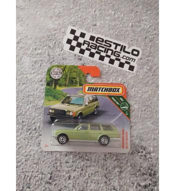 Matchbox Mercedes Benz W123...